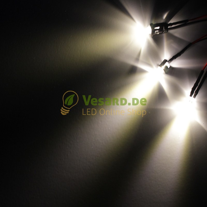 10 Stück 3mm LED warm weiß mit 20cm Kabel für 12V DC mit Widerstand verkabelt